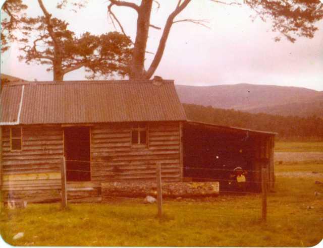 Luibeg Bothy, Cairngorms, 1980