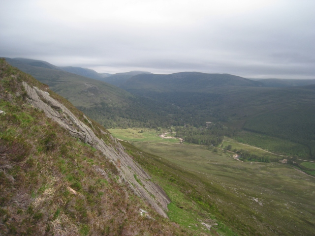 Rocky slab overlooking Glen Lui on Sgor Dubh, Cairngorms